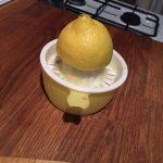 Zitrone Pressen