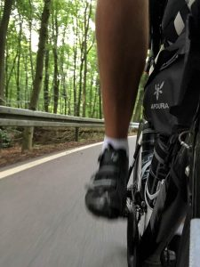 Burning Roads - Pedallieren ohne Ende