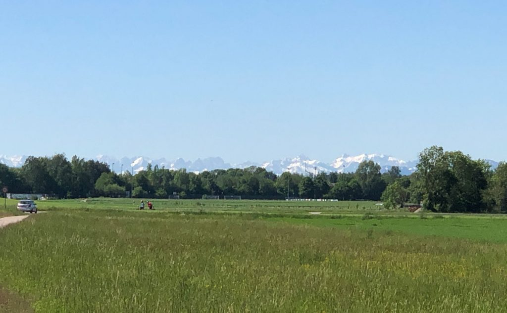 Der erste Blick auf die Alpen
