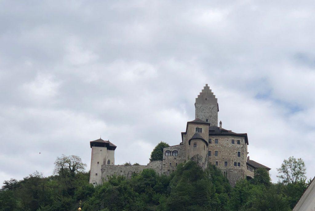 Immer wieder Burgen und Schlösser