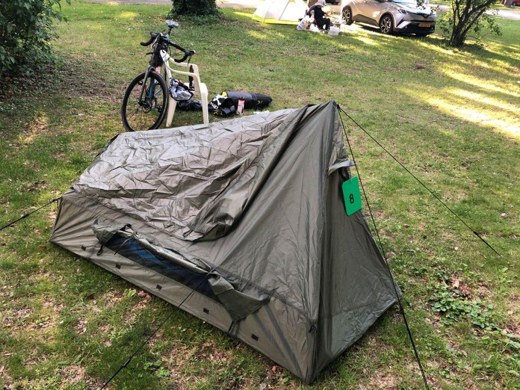 Zelt aufgebaut