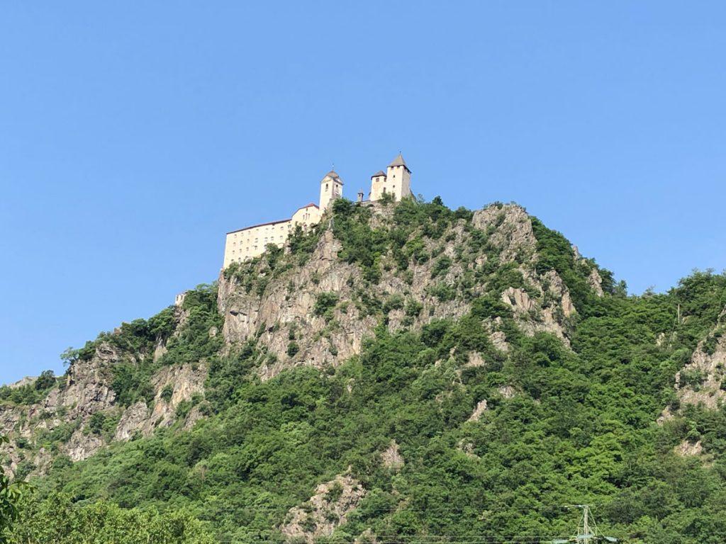 Unzählige Burgen und Schlösser